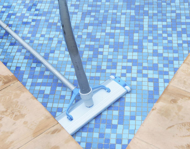 6 Important Summer Pool Maintenance Tips